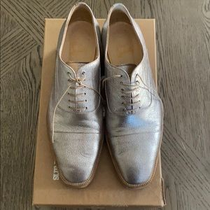 Christian Louboutin silver Oxfords 40